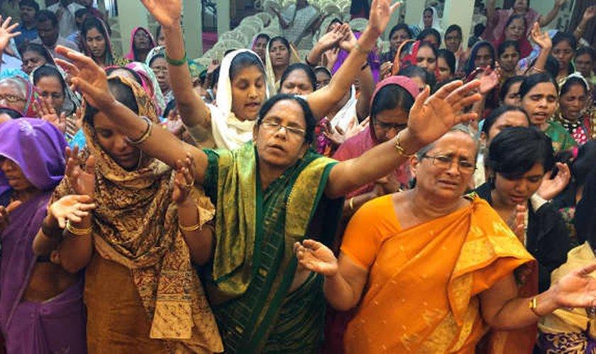 Por crer em Cristo, indianas são violentadas pelos próprios vizinhos