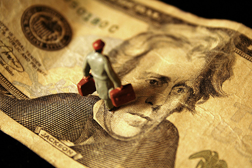 Protecionismo segue em alta e ameaça crescimento, diz Fórum Econômico Mundial