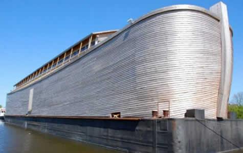 Holandês constrói réplica da Arca de Noé e quer trazê-la para Fortaleza