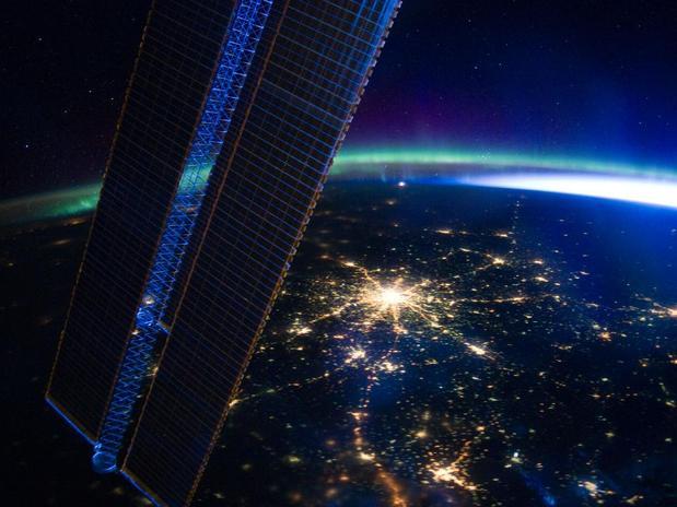 """Astronauta diz que do espaço pôde ver """"a obra criativa de Deus"""""""