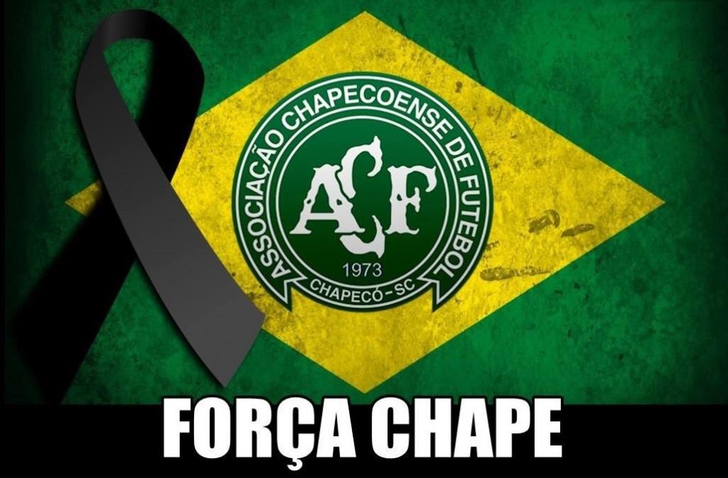 Acidente com avião que levava Chapecoense  71 mortos; 6 sobrevivem