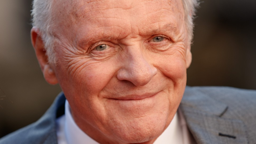 Anthony Hopkins diz Deus me salvou do alcoolismo