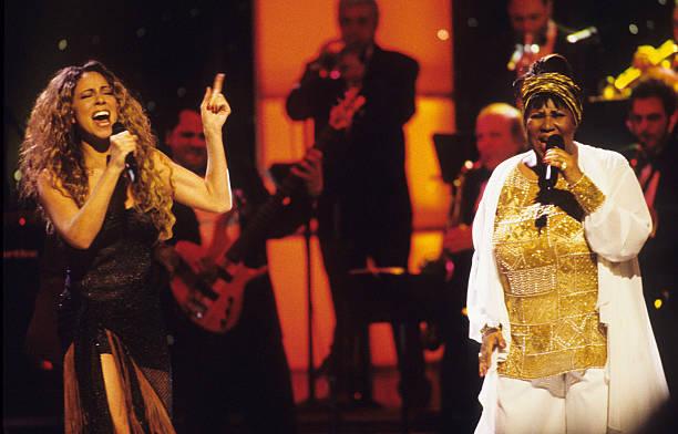 """Mariah Carey diz que Aretha Franklin """"nunca deixou a Igreja"""""""